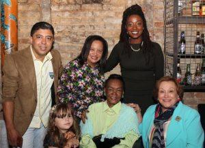 Ruth de Souza e Nicette Bruno entre amigos